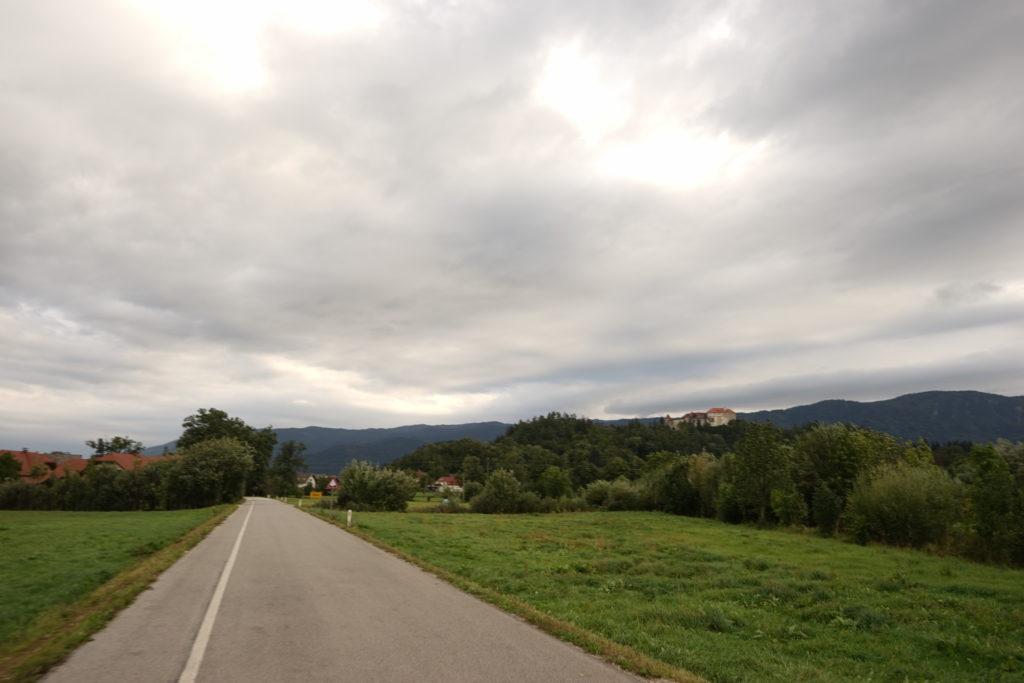 DSC02977 1024x683 - 【スロベニア ブレッド湖・ボヒニュ湖・ヴィントガル渓谷】リュブリャナからブレッド湖への行き方とその魅力的な景色・雰囲気。
