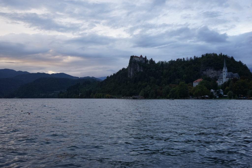 DSC03018 1024x683 - 【スロベニア ブレッド湖・ボヒニュ湖・ヴィントガル渓谷】リュブリャナからブレッド湖への行き方とその魅力的な景色・雰囲気。