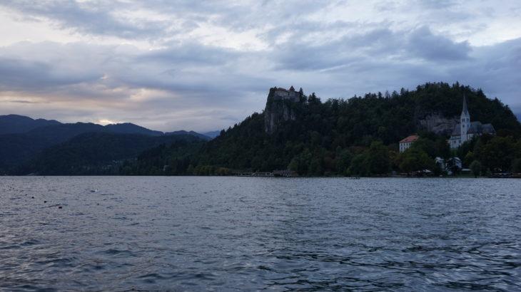 DSC03018 730x410 - 【スロベニア ブレッド湖・ボヒニュ湖・ヴィントガル渓谷】リュブリャナからブレッド湖への行き方とその魅力的な景色・雰囲気。