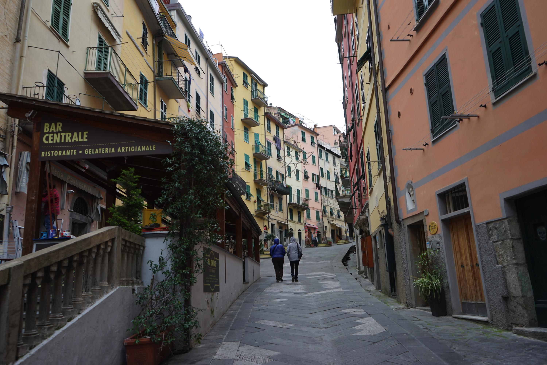 DSC04163 - 【イタリア チンクエテッレ】ジェノバから簡単に行ける世界遺産。トレッキングも楽しい。