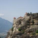 【ギリシャ メテオラ】奇岩と教会の街。カランバカとメテオラの歩き方