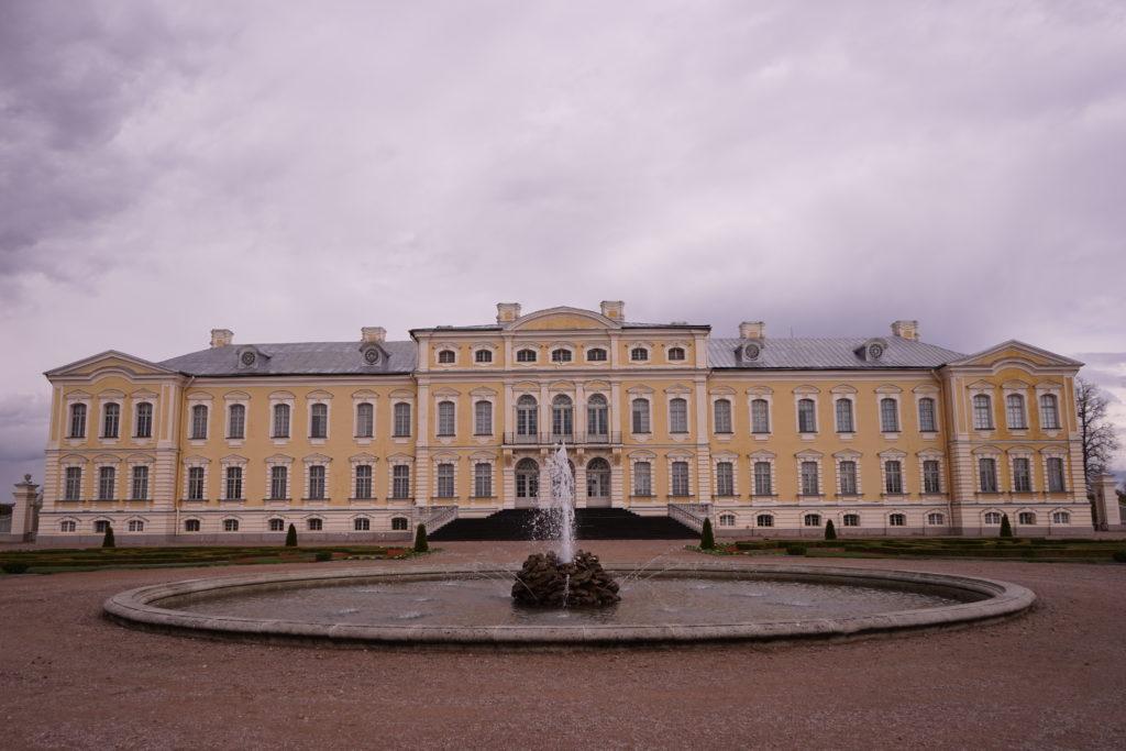 DSC01903 1024x683 - 【ラトビア】ユールマラ、ルンダーレ宮殿への行き方・・・。あまり情報がないからまとめておきました。
