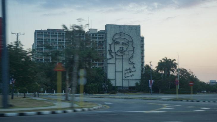 DSC04735 730x410 - 【キューバ ハバナ】旅に出てみよう。日本では起こらないことがたくさん起こるのだ
