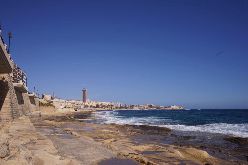 DSC06654 1024x683 - 【マルタ旅行記1】蒼い海と極彩色。他に何かいる?とりあえず歩き方の通りに行ってみた