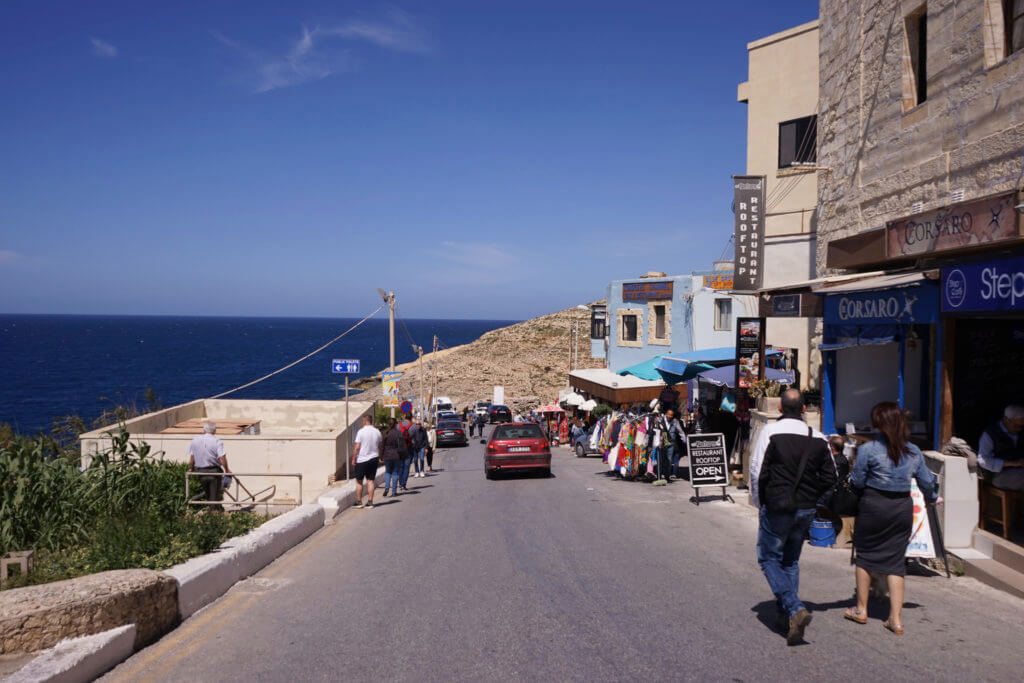 DSC06664 1024x683 - 【マルタ旅行記2】蒼い海と極彩色。他に何かいる? Blue Grotto(青の洞門)