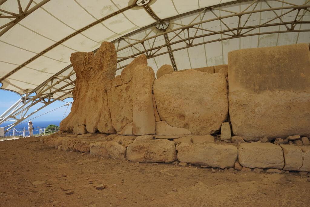 DSC06697 1024x683 - 【マルタ旅行記3】蒼い海と極彩色。他に何かいる?ハジャーイム神殿