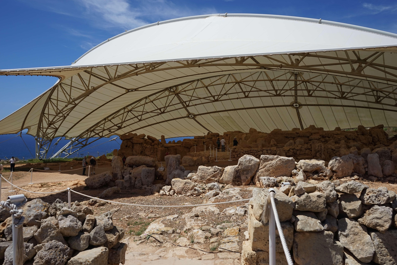 DSC06709 1 - 【マルタ旅行記4】蒼い海と極彩色。他に何かいる?イムドラ神殿