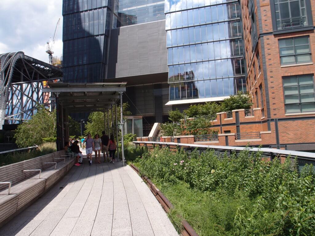 P6260288 1024x768 - 【ニューヨーク】時の流れを有効活用したハイラインの芸術の空間