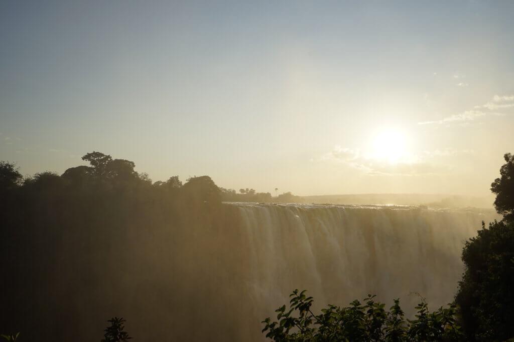 DSC2935 1024x683 - 【ビクトリアフォールズ】息を飲む景色!ビクトリアの滝への行き方と楽しみ方