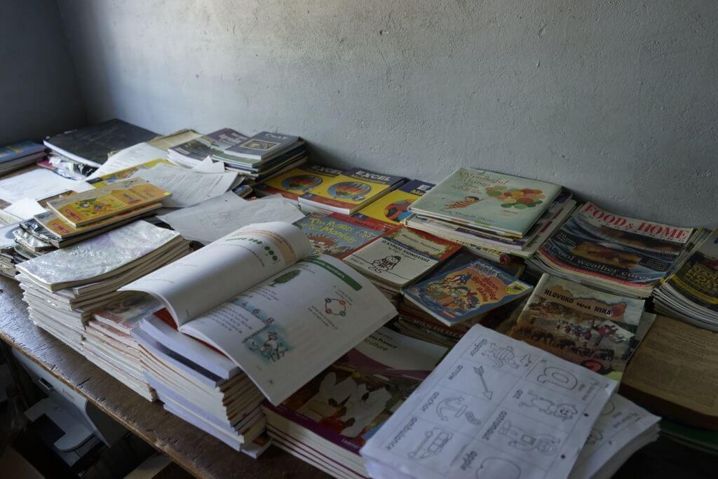 DSC3165 1024x683 - 【ジンバブエ旅行記6】初めてのアフリカ・ジンバブエひとり旅!ジンバブエの学校を訪問した話