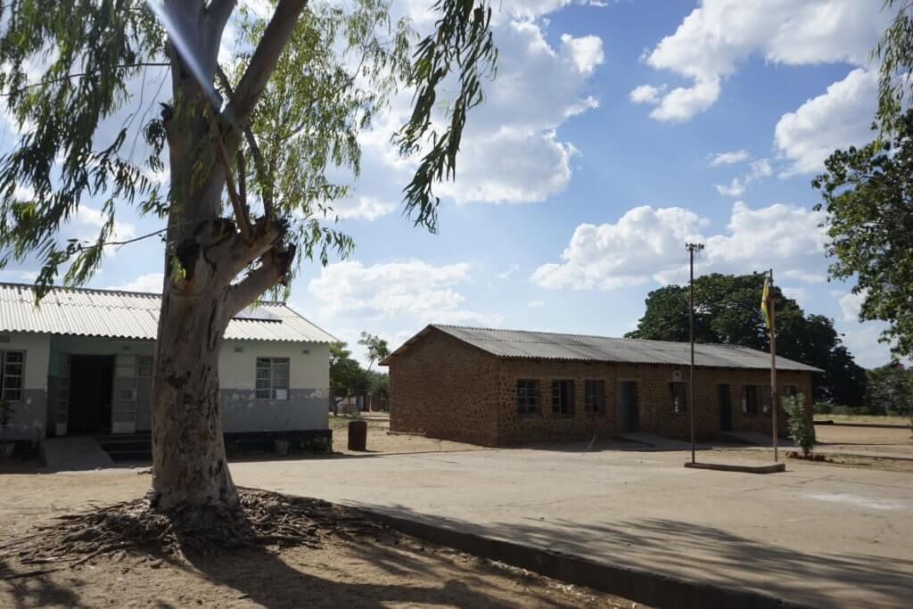 DSC3168 1024x683 - 【ジンバブエ旅行記6】初めてのアフリカ・ジンバブエひとり旅!ジンバブエの学校を訪問した話