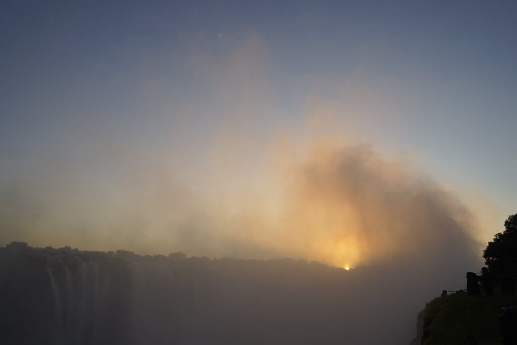 DSC3214 1024x683 - 【ビクトリアフォールズ】息を飲む景色!ビクトリアの滝への行き方と楽しみ方