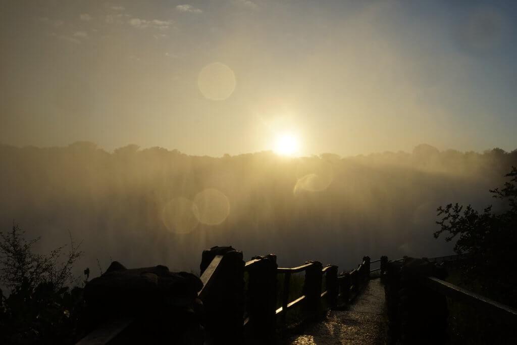 DSC3239 1024x683 - 【ビクトリアフォールズ】息を飲む景色!ビクトリアの滝への行き方と楽しみ方