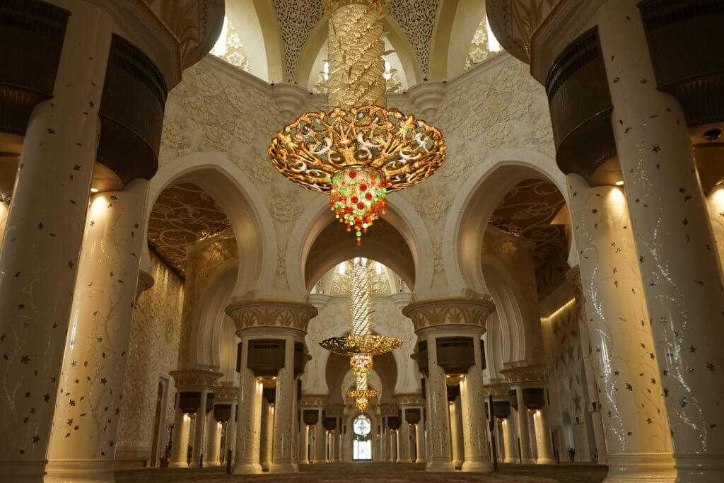 DSC5841 1024x683 - 【UAE アブダビ】アブダビ最高の観光地!贅を尽くしたシェイクザイードグランドモスク