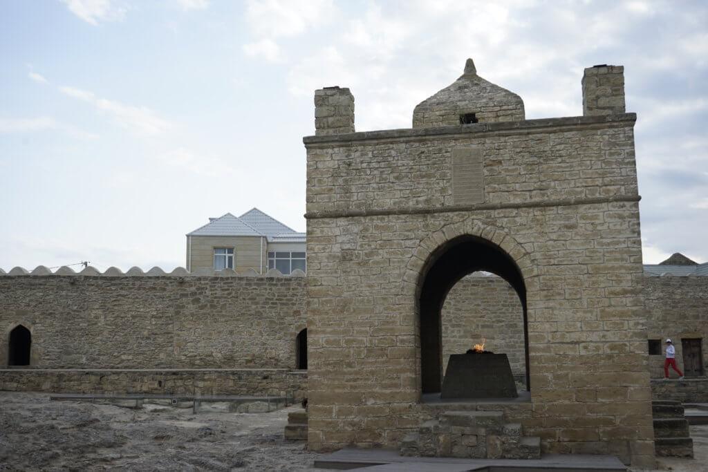 DSC4933 1024x683 - 【アゼルバイジャン バクー】1日で回るモデルコース!城壁の旧市街地とバブリーな新市街地