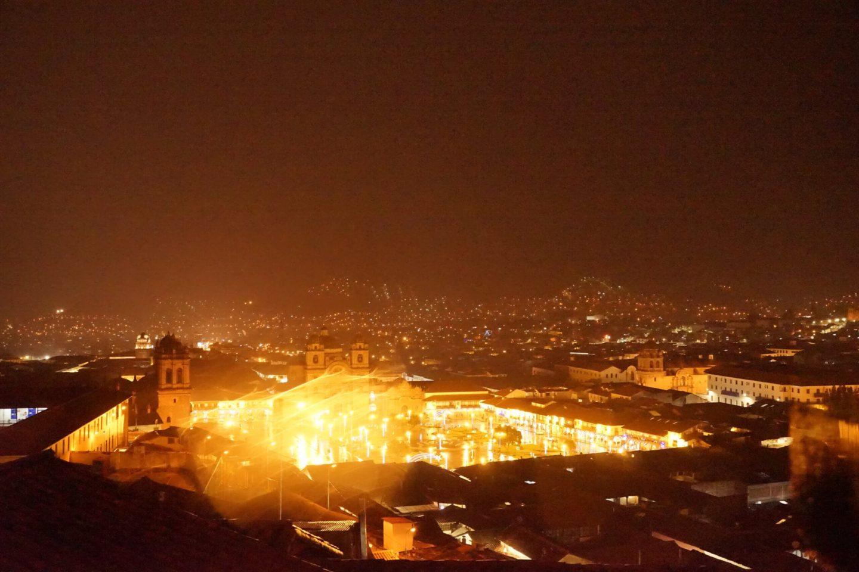 DSC7098 scaled - 【ペルー クスコ】雨と光と爆竹と。2020年へのカウントダウン(5)宿に帰ろう