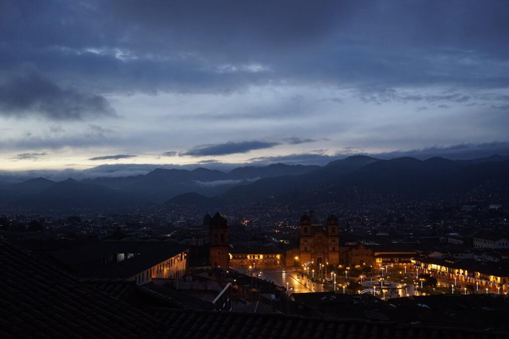 DSC7601 1024x683 - 【ペルー クスコ】雨と光と爆竹と。2020年へのカウントダウン(6)クスコの初日の出