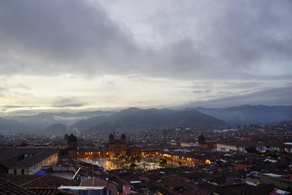 DSC7603 1024x683 - 【ペルー クスコ】雨と光と爆竹と。2020年へのカウントダウン(6)クスコの初日の出