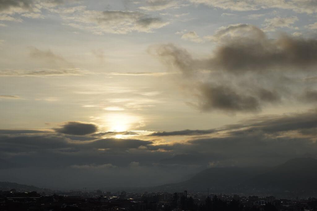 DSC7619 1024x683 - 【ペルー クスコ】雨と光と爆竹と。2020年へのカウントダウン(6)クスコの初日の出