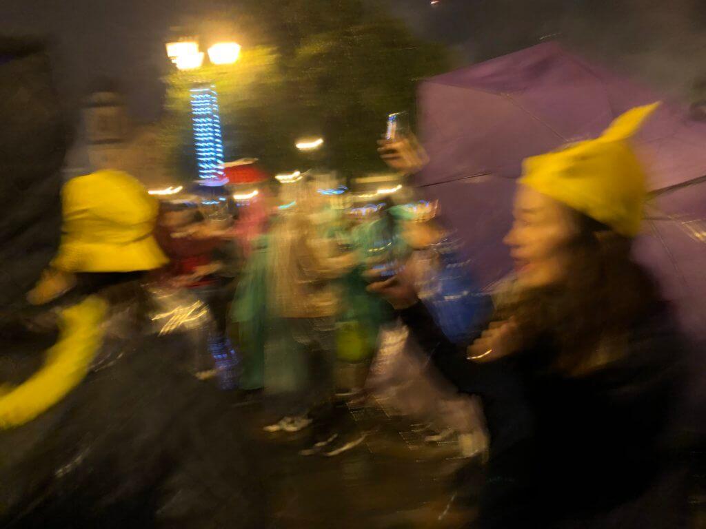 IMG 5918 1024x768 - 【ペルー クスコ】雨と光と爆竹と。2020年へのカウントダウン(4)アルマス広場のカウントダウン