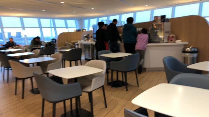 IMG 5960 730x410 - 【USA JFK空港】JALの使う第一ターミナルにあるプライオリティーパスが使えるラウンジ