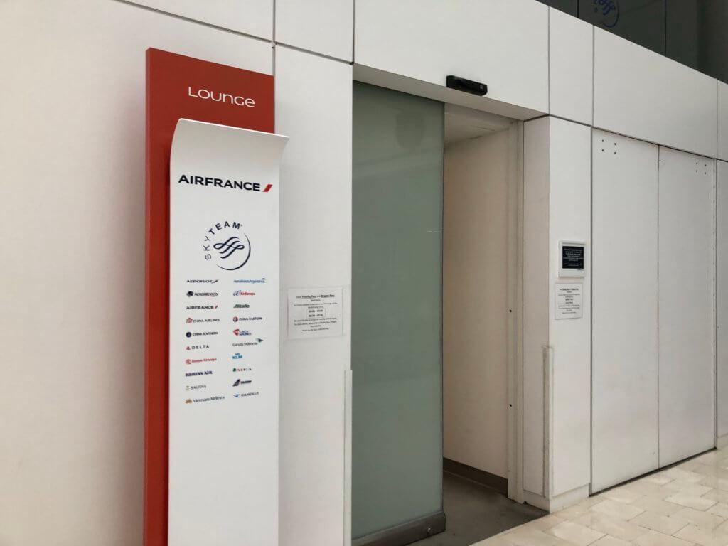 IMG 5962 1024x768 - 【USA JFK空港】JALの使う第一ターミナルにあるプライオリティーパスが使えるラウンジ
