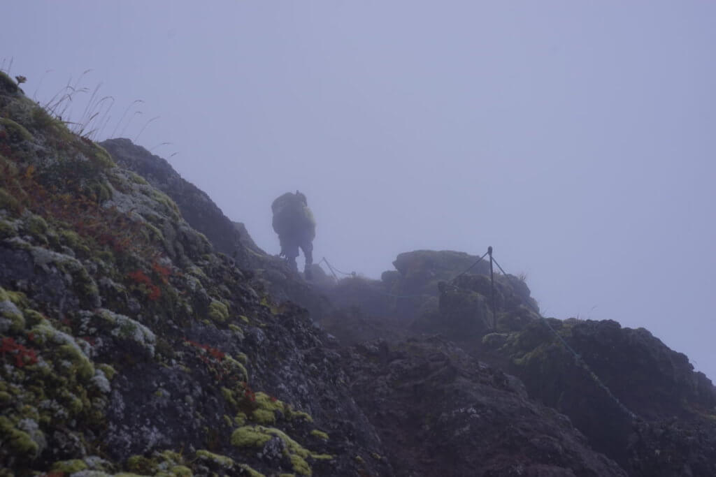 DSC9220 1024x683 - 【北海道 利尻岳】神々しさと海。最北端の百名山。北麓野営場から利尻岳への道のり