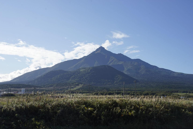 DSC9358 - 【北海道 利尻岳】神々しさと海。最北端の百名山。北麓野営場から利尻岳への道のり